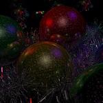 Bolas de Navidad con brillos y espumillón