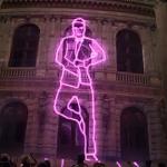 Proyección laser en la campaña publicitaria de Contrex